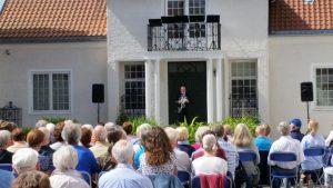 Museumsdirektør Ivar Roger Hansen ønsker velkommen.